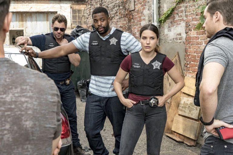 Chicago P.D. terá crossover com Chicago Fire no 100º episódio