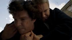 Sherlock: Benedict Cumberbatch critica Martin Freeman por comentários contra os fãs